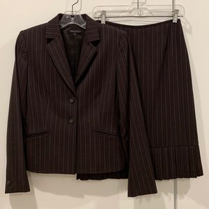 Tahari Brown Wool & Cashmere Jacket and Skirt Suit